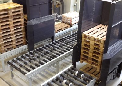In-line pallet dispensers