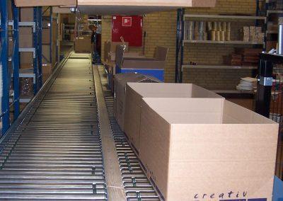 Transport af papkasser