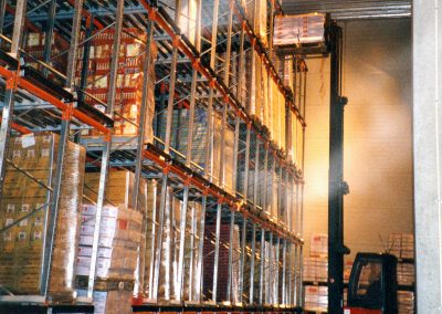Through-feed conveyor racking