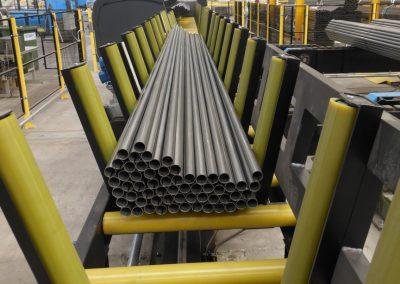 Handling of steel tubes