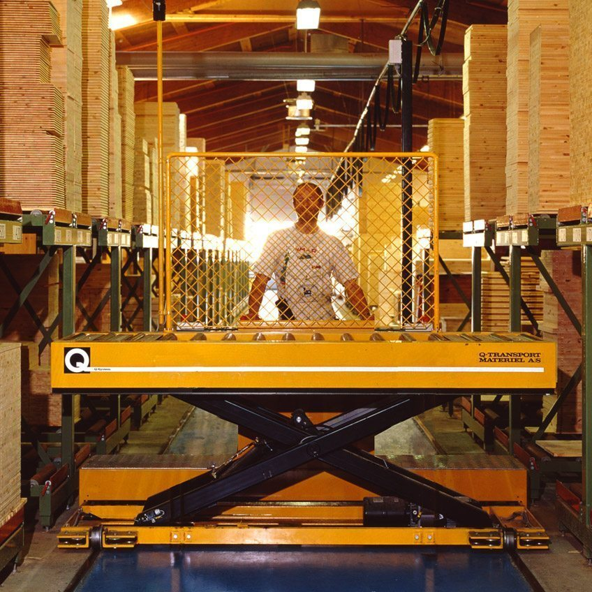 Operator-driven transfer cart
