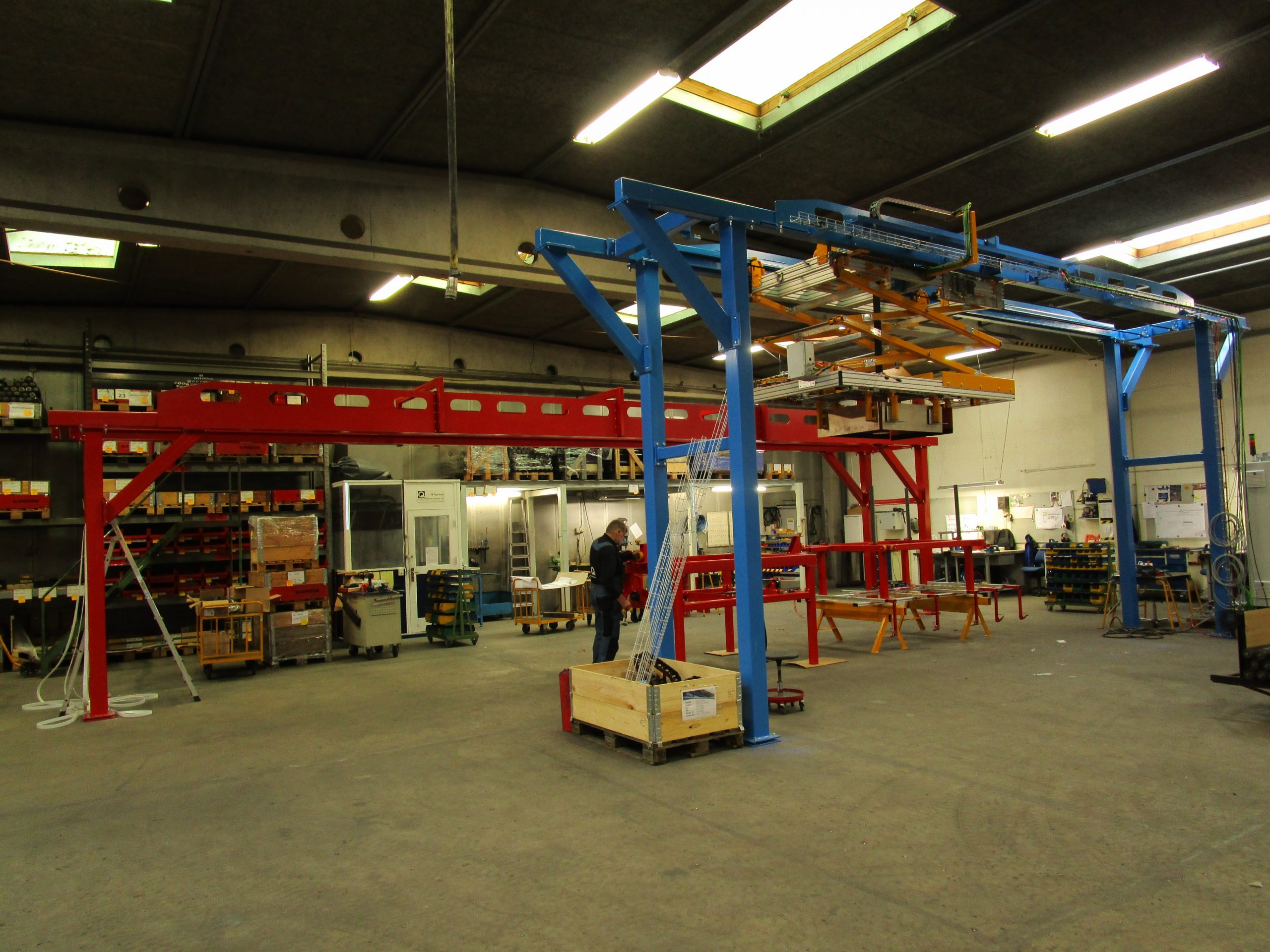 Production of two frame cranes